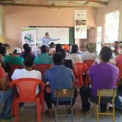 Convenio asociativo suscrito entre UAEOS y FUNDECOOP